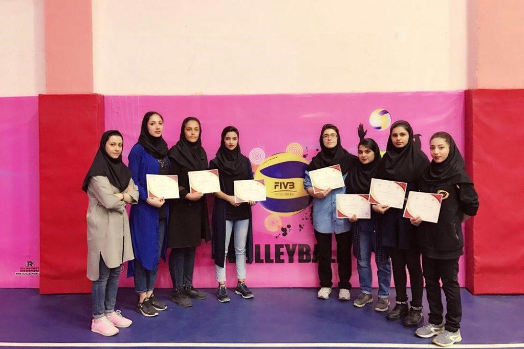تیم والیبال زند قهرمان مسابقات ورزشهای همگانی فارس شد